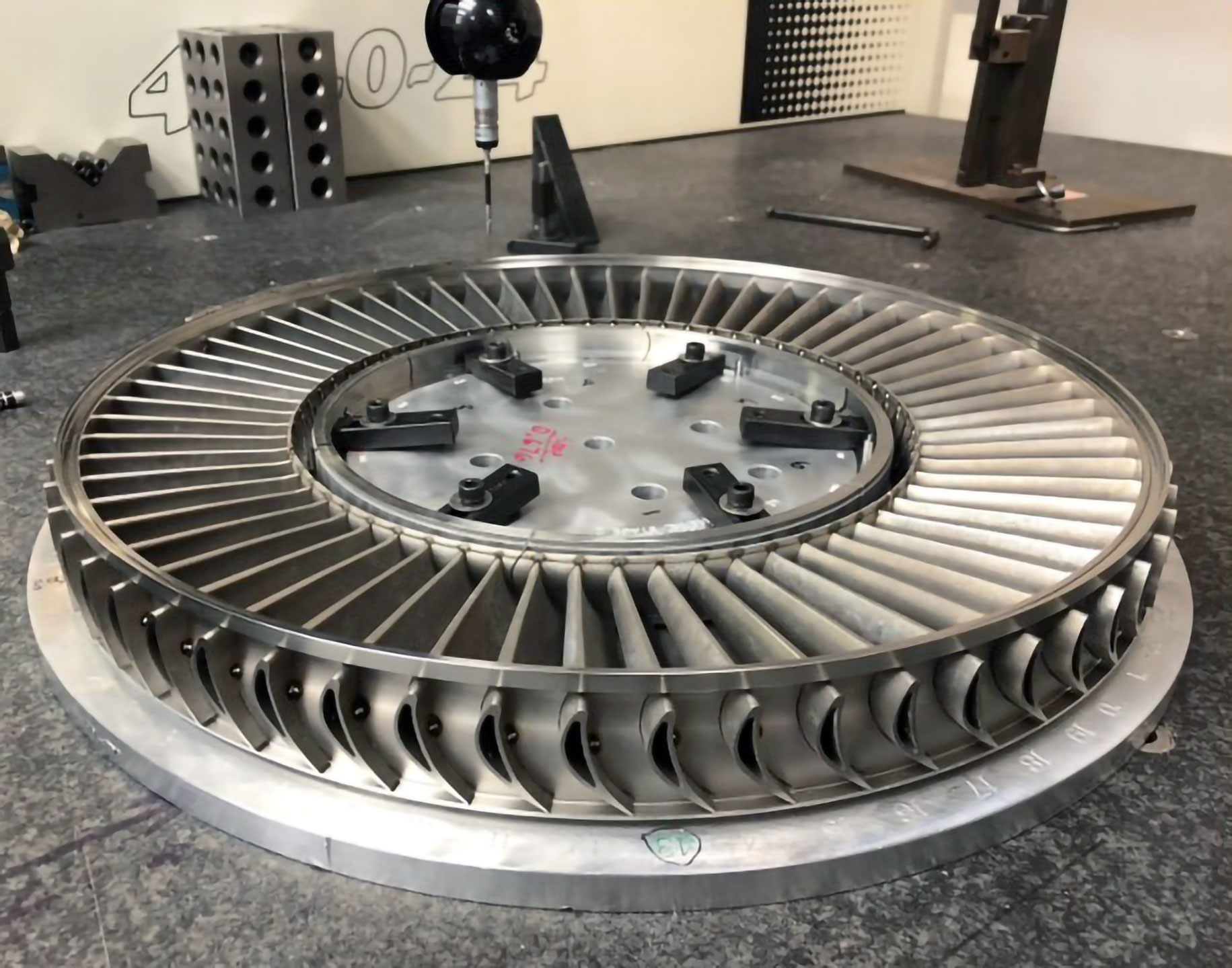 Inspecting-a-Turbine-Nozzle-Assembly